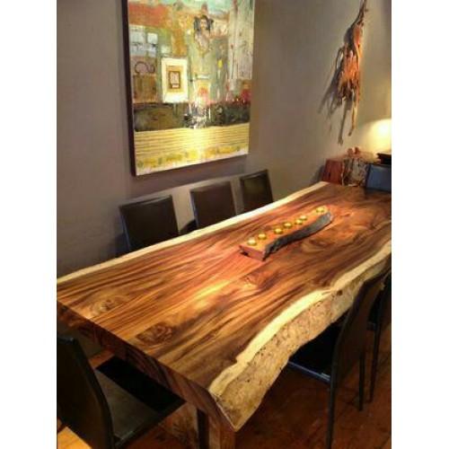 میز روستیک و صندلی چوبی
