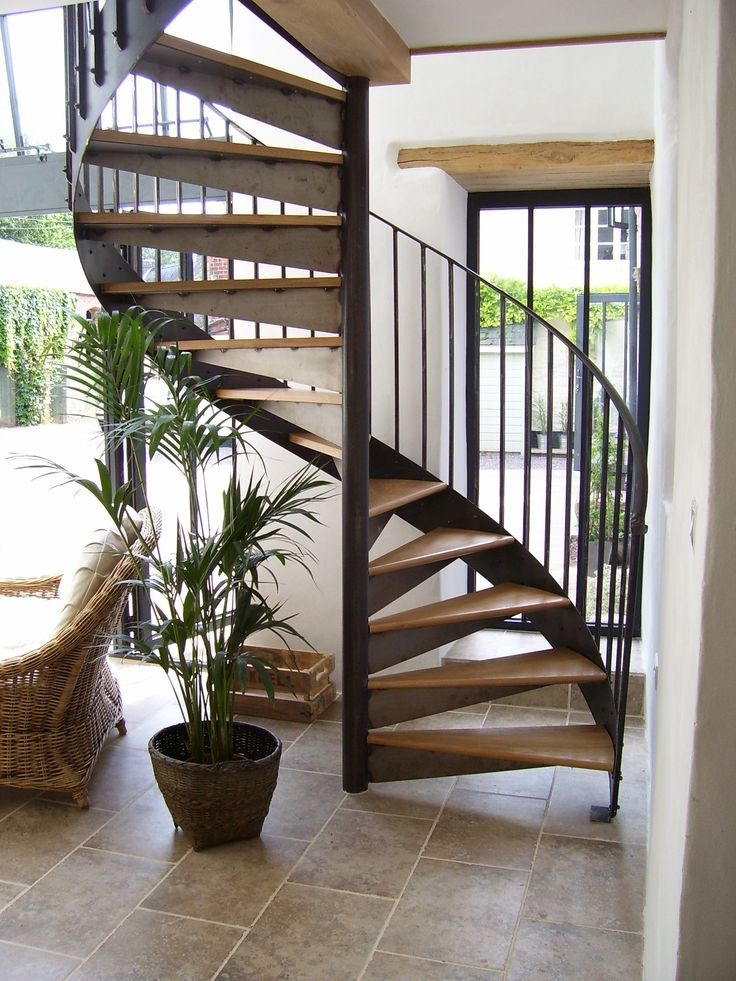 پله چوبی دوبلکس